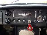 mg-b-mgb-roadster-28.jpg