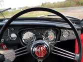 mg-b-mgb-roadster-29.jpg