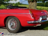 location-mg-b-mgb-roadster-02.jpg