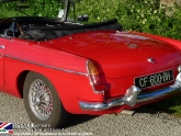 location-mg-b-mgb-roadster-03.jpg