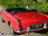 location-mg-b-mgb-roadster-05.jpg