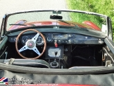 location-mg-b-mgb-roadster-06.jpg