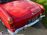 location-mg-b-mgb-roadster-14.jpg
