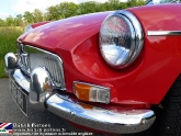 location-mg-b-mgb-roadster-21.jpg