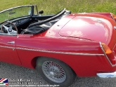 location-mg-b-mgb-roadster-39.jpg