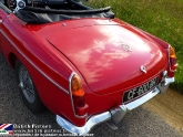 location-mg-b-mgb-roadster-40.jpg