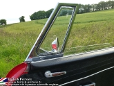 location-mg-b-mgb-roadster-52.jpg