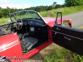 location-mg-b-mgb-roadster-53.jpg