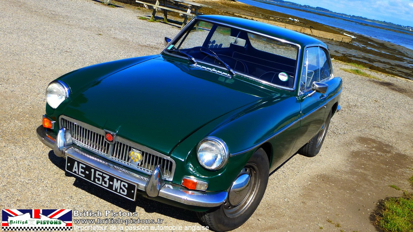 mg b gt 1967 vert anglais mgb gt occasion annonce vente mgb gt british. Black Bedroom Furniture Sets. Home Design Ideas