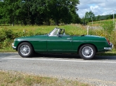 mgb-mg-b-british-racing-green-bristol-04_0.jpg