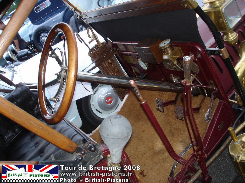 images-photos-tour-de-bretagne-vehicules-anciens-collection-2008-060.jpg