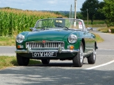 mgb-mg-b-british-racing-green-bristol-01_0.jpg