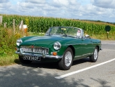 mgb-mg-b-british-racing-green-bristol-03_0.jpg