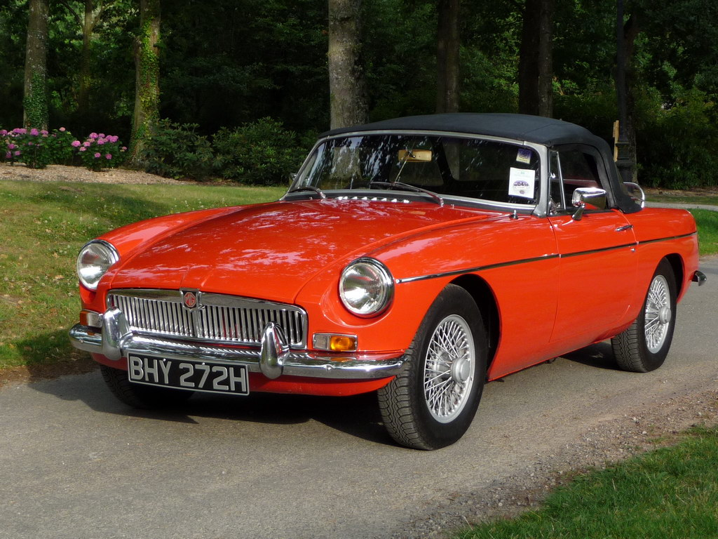 annonce mg b vente mgb 1970 pimento red video mgb british annonces lotus. Black Bedroom Furniture Sets. Home Design Ideas